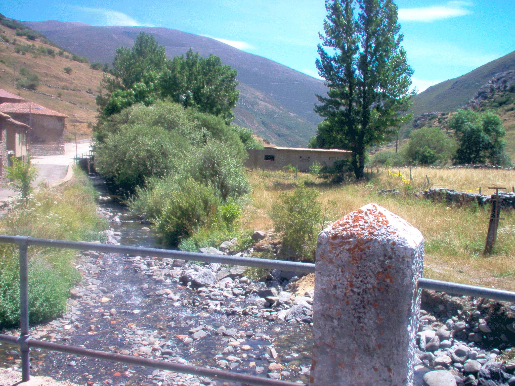 lugares de interes río Torío en Piedrafita